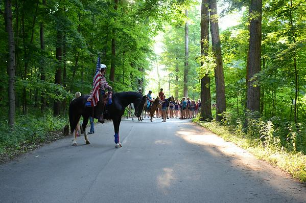 Horse Parade & Arrival