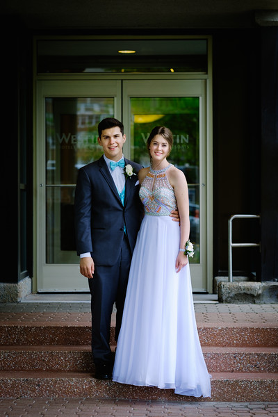 Meaghan and Levi-2338.jpg