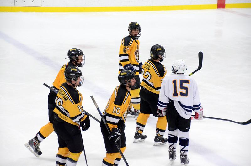 141004 Jr. Bruins vs. Boston Bulldogs-025.JPG