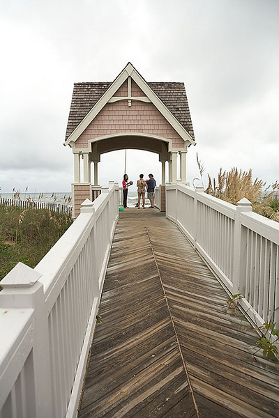 The walk way to the beach from the Four Seasons development in Duck, NC.
