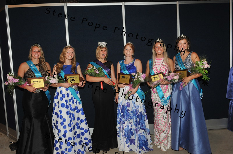 The 2017 Iowa State Fair Queen Court (from left to right): Bremer County Fair Queen Sydney Hansen, 17, of Plainfield, Worth County Fair Queen Morgan Fritz, 17, of Lake Mills, Dubuque County Fair Queen Jacqueline Ehrlich, 19, of Holy Cross, Page County Fair Queen Annie Wallin, 18, of New Market, Mahaska County Fair Queen Leah VanMaanen, 18, of Oskaloosa, and Humboldt County Fair Queen Kate Curran, 18, of Humboldt. (Iowa State Fair/ Steve Pope Photography)