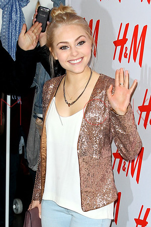 NEW YORK, NY - MARCH 02:  Actress AnnaSophia Robb attends the H&M Denim Days launch at H&M Fifth Avenue on March 2, 2013 in New York City.