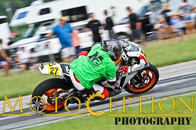 Race 7 - A Superbike Expert & Novice
