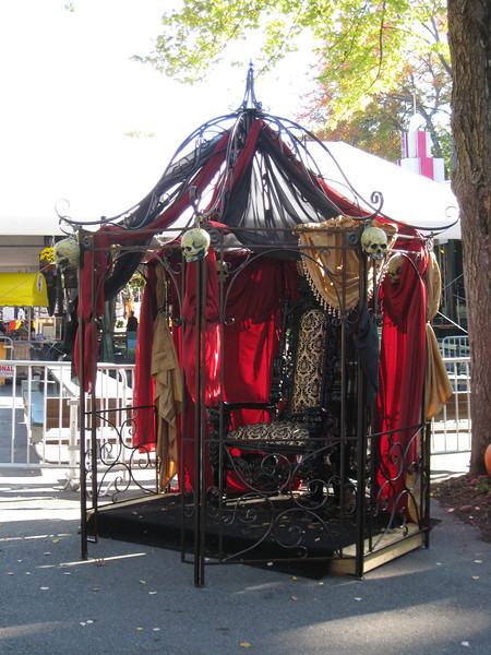 A throne was set up for the Ozzy Osbourne tribute artist.