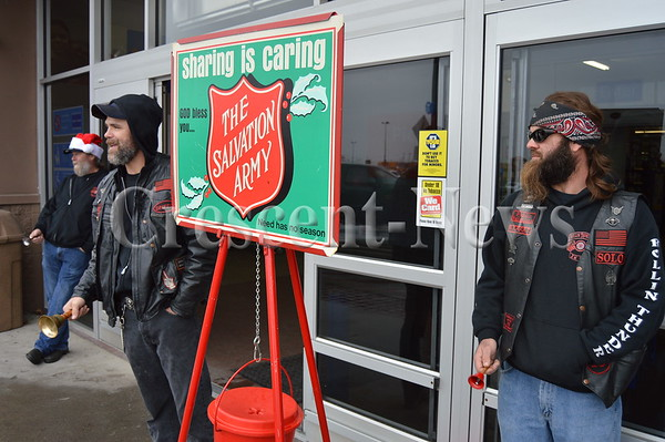 11-27-15 NEWS Salvation Army Bell Ringing