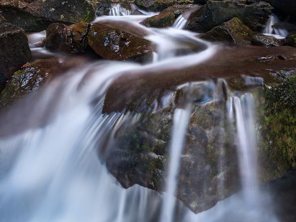 Wasserfälle Bäche und Seen