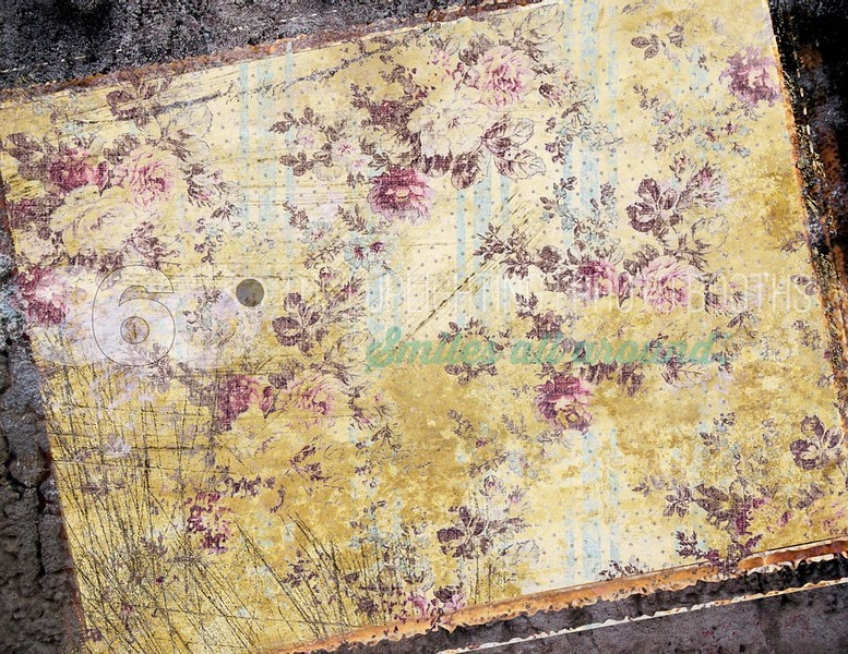 Yellow-Square-Garden-Horizontal_batch_batch.jpg