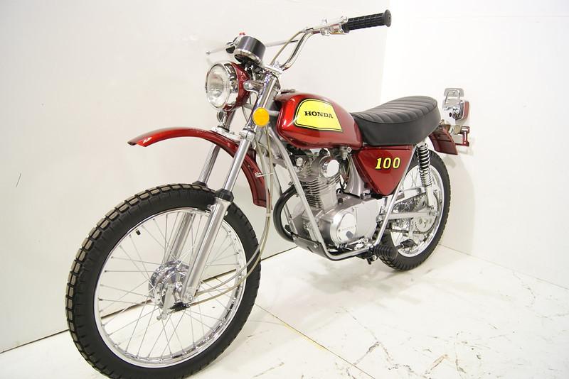 1972SL100 7-11 011.JPG