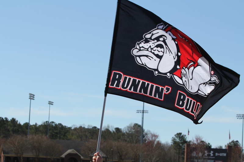 GWU Mens Basketball Team Returns to supportive fans