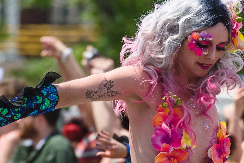 2019-06-22_Mermaid_Parade_1942.jpg