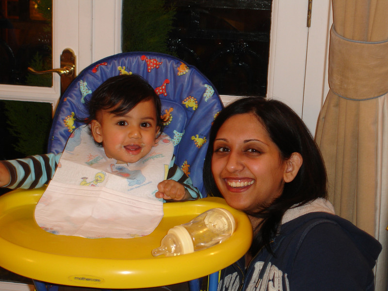 swati and kids in London 2008 115.JPG