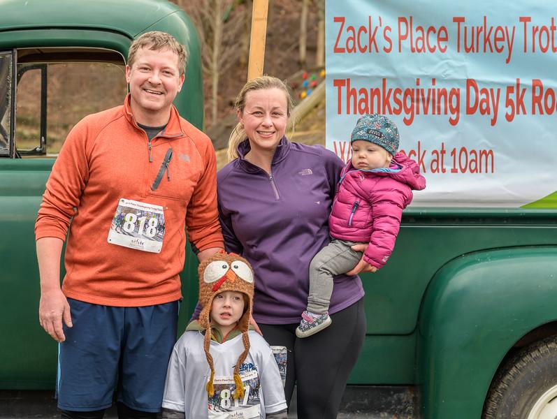 2019 Zack's Place Turkey Trot -_8507844.jpg