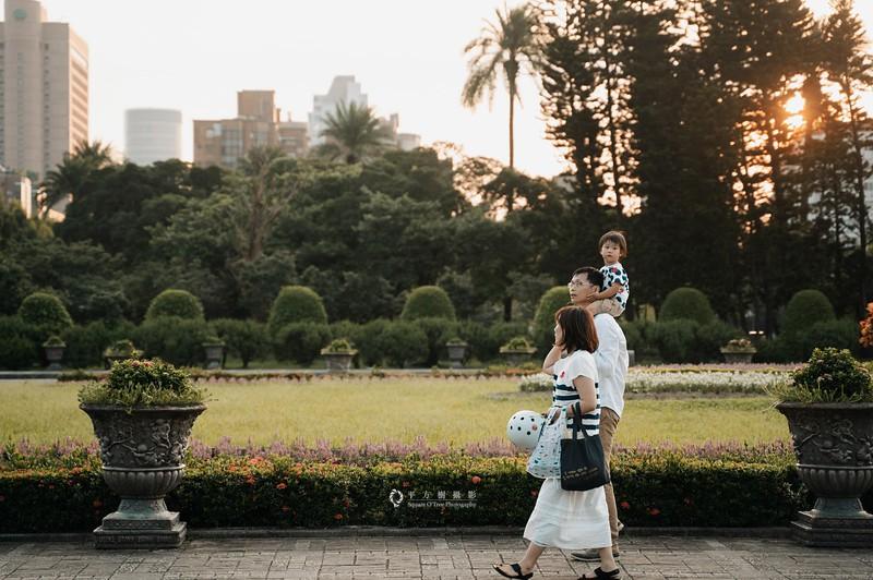 全家福攝影 by 平方樹 http://www.square-o-tree.com/   ◢平方樹粉絲專頁    http://www.facebook.com/square.o.tree