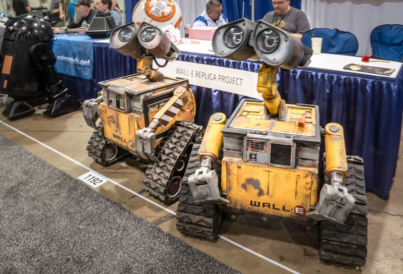 Who can resist those eyes?  Wall-E replicas at WonderCon 2019