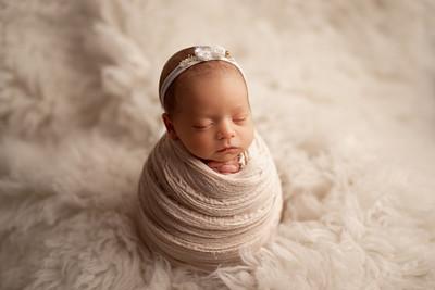 Ayanna • Newborn