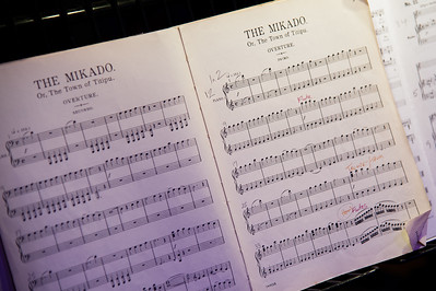 The Mikado by The Savoy Singers