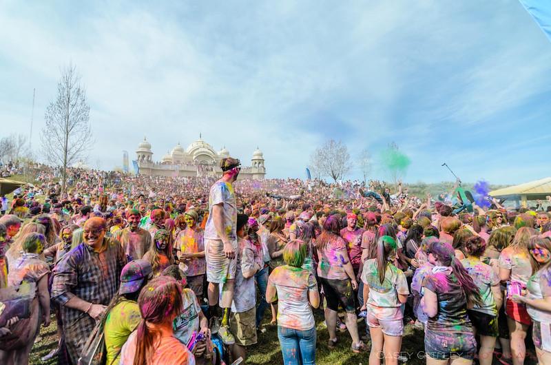 Festival-of-colors-20140329-173.jpg