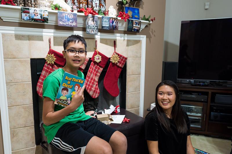 20191224_christmas-pary-vo-family_005.jpg
