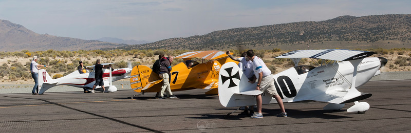 Biplane Gold Race