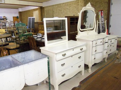 TWO DAY AUCTION FEB. 3 AND 4, ACL, PLAINVILLE