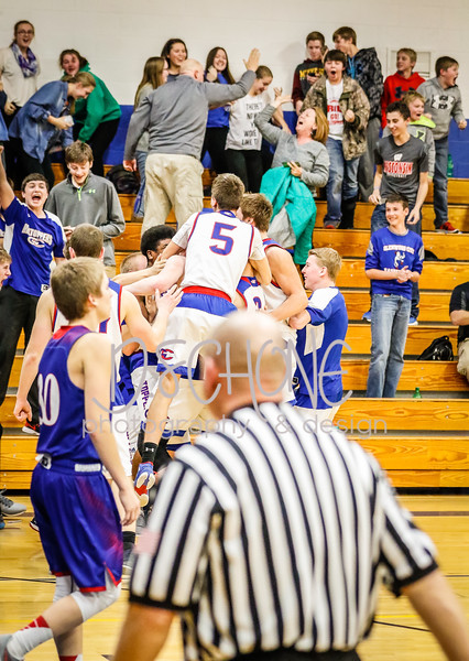 Boys Basketball vs Mondovi-89.JPG
