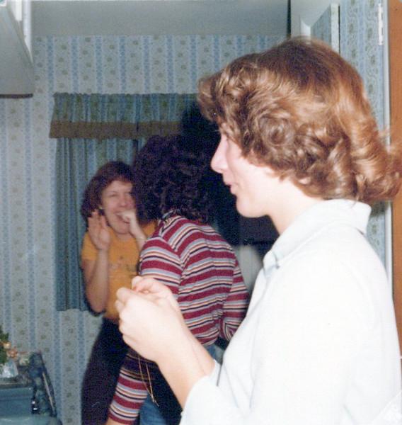 1978_unlabeled_0036_a.jpeg
