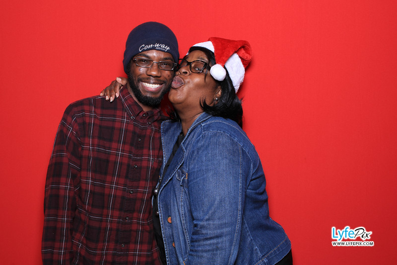 eastern-2018-holiday-party-sterling-virginia-photo-booth-0047.jpg