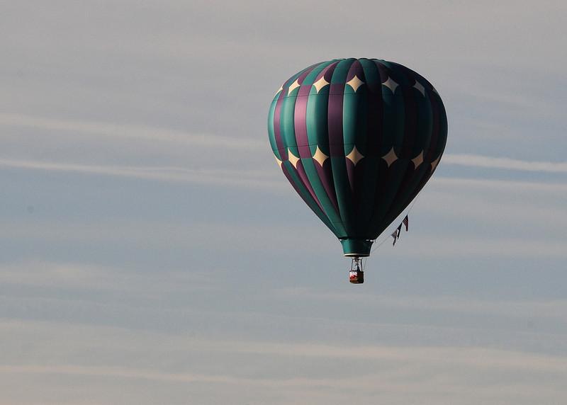 NEA_6075-7x5-Balloon.jpg