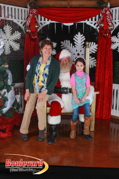 Santa 12-17-16-540.jpg
