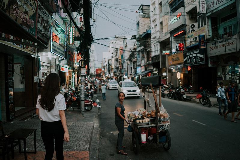 Tu-Nguyen-Destination-Wedding-Photographer-Saigon-Engagement-Shooting-Vietnam-Videographer-76.jpg