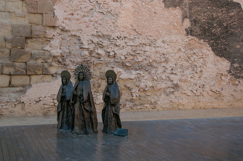 Bronze statues outside The Basilica of Santa Maria in Elche, Spain