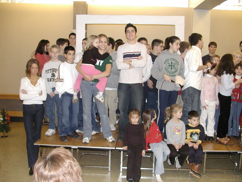 2002-12-21-HT-Christmas-Pageant_014.jpg
