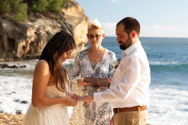 kauai wedding on shipwrecks-27.jpg