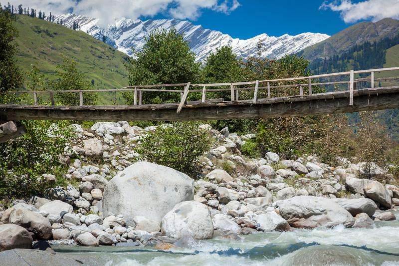 Bridge over Beas River, near Manali. Kullu Valley, Himachal Pradesh, India