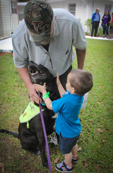 DrLight   Loves Veterans & Kids,  bringing Joy,  Easter Egg Hunt, Gulfside Hospice, New Port Richey