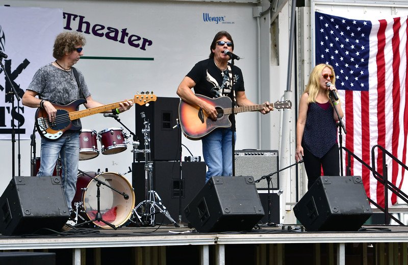 8/24/2019 Mike Orazzi | Staff The band 70s FM performs at Muzzy Field during the a Rock 4 Vets concert presented by The Bristol Blues and BigMac Productions on Saturday in Bristol.