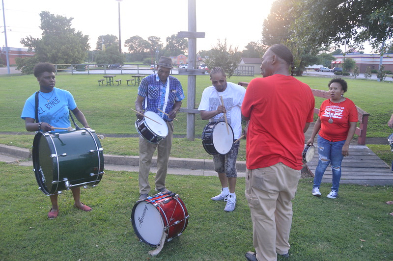087 The Hurt Family Fife and Drum Band.jpg