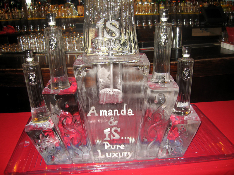 Amanda Lepore will be on hand to drink iS Vodka with you and sign autographs at the Japanese-themed Hiro Cocktail Lounge. Stock up on her new eau de perfum Amanda.