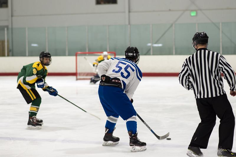 Howard Ice Hockey-60-2.jpg