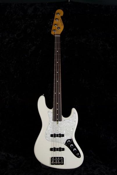 J4 Bass #3567, Aged Olympic White, Grosh Vintage JJ pickups