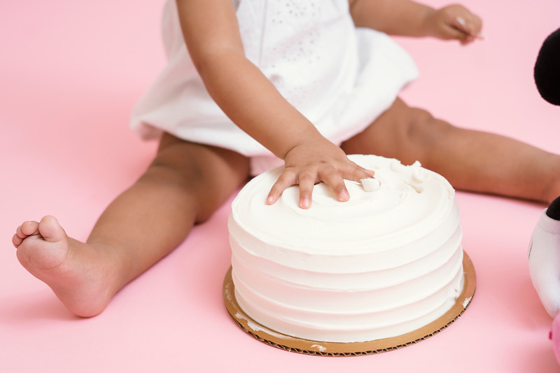 Jaylin-cake-smash (23 of 54).jpg
