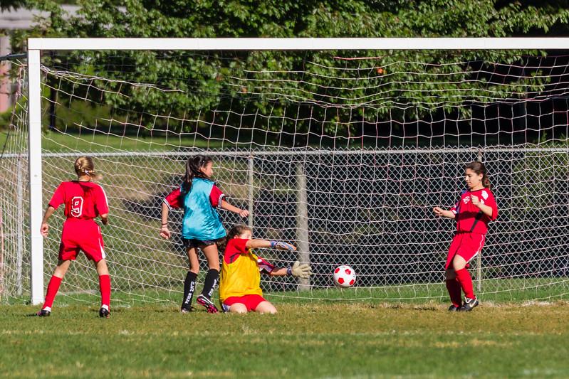 2013-09 Natalia soccer 1678.jpg