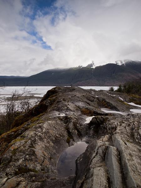 The glacier-scrapped rocks near the glacier center, April 2nd.