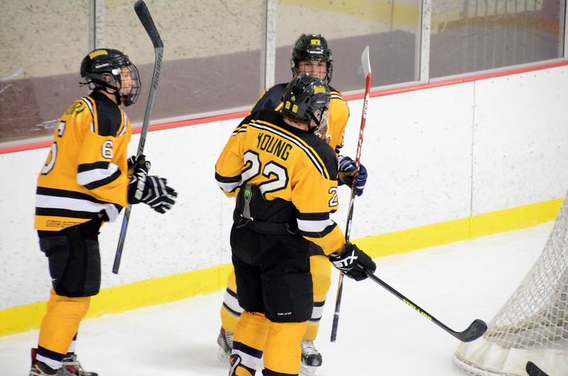 141004 Jr. Bruins vs. Boston Bulldogs-096.JPG