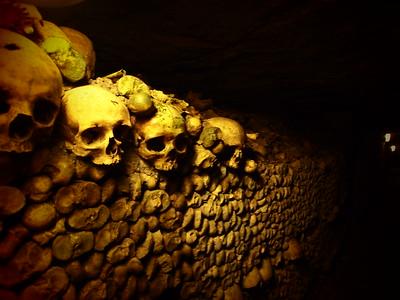 2.04.11_Catacombs, Montparnasse, Cimetiere de Montparnasse, Galleries Lafayette rooftop