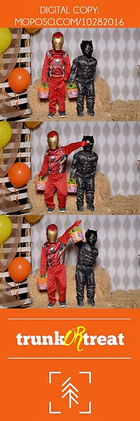 20161028_Tacoma_Photobooth_Moposobooth_LifeCenter_TrunkorTreat1-49.jpg