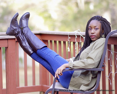 Nzinga's Senior Photo Shoot