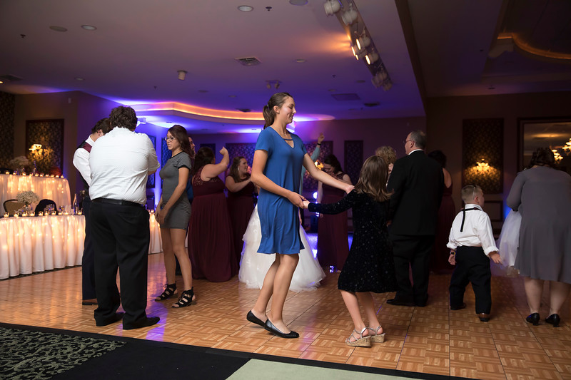 Amanda & Tyler Wedding 0924.jpg