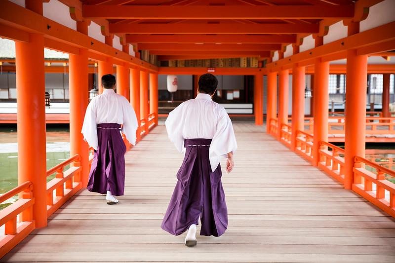 20150928-Deux moines au boulot.jpg