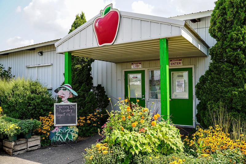 Arboretum Farm 8-19-57.JPG